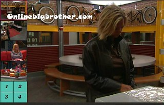BB13-C2-8-17-2011-1_37_16.jpg | by onlinebigbrother.com
