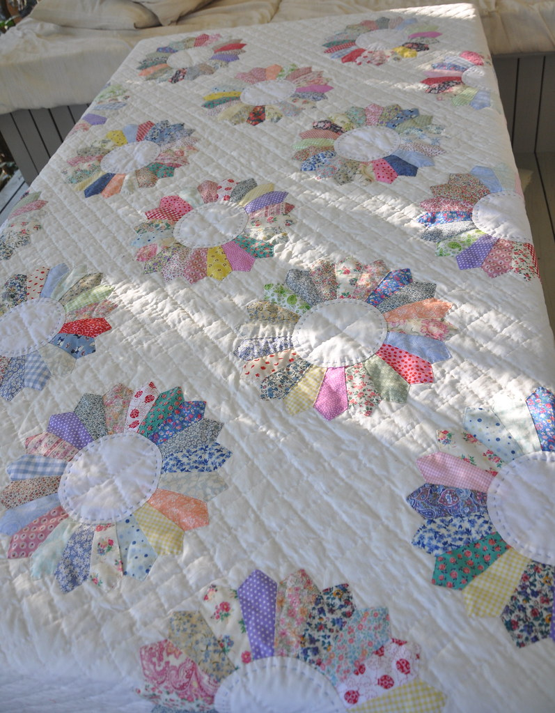 Super Scrappy Dresden Plate A King Size Quilt All