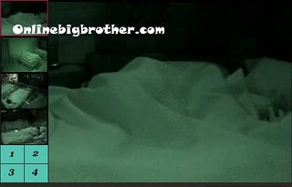BB13-C2-8-26-2011-8_23_23.jpg | by onlinebigbrother.com