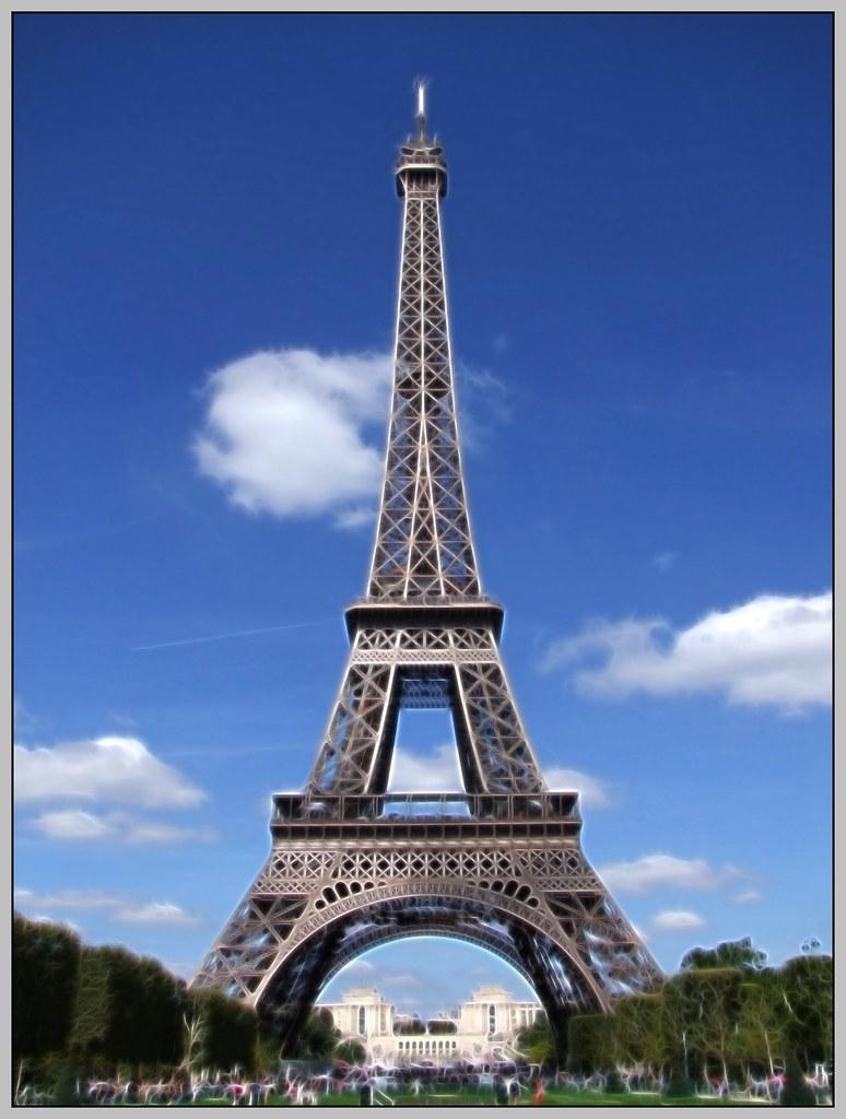 EIFFEL VERTICAL La Torre Eiffel Tour Eiffel En Franc S Flickr