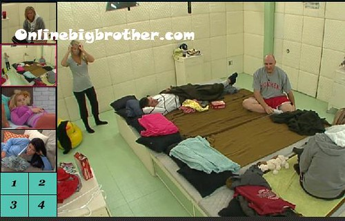 BB13-C1-8-12-2011-1_17_06.jpg | by onlinebigbrother.com