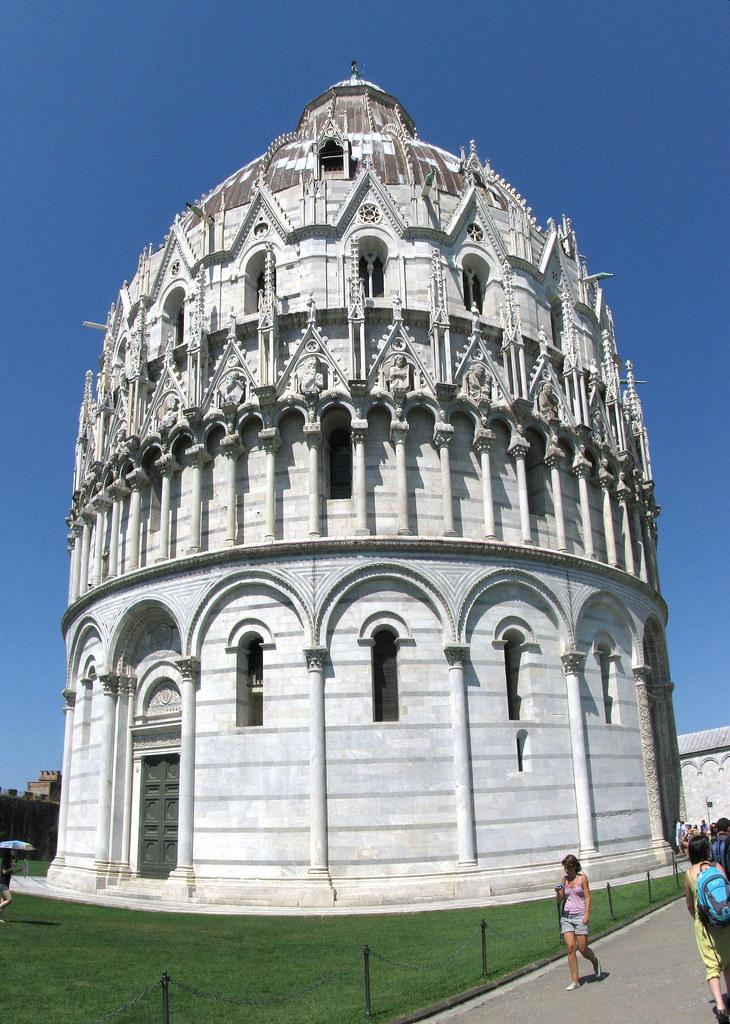 Pisa (Toscana) – Il battistero del Duomo | Il battistero ...