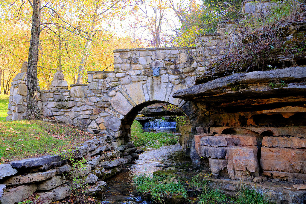 Dogwood canyon arch dogwood canyoun lampe mo this is for Dogwood canyon