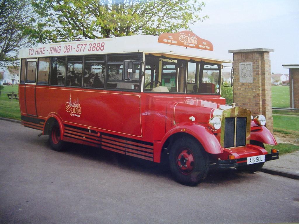 A16 Sol Fleur De Lys A Fleur De Lys Lincoln Vintage