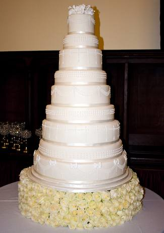 9 Tier Wedding Cake Lisa Hilton Flickr