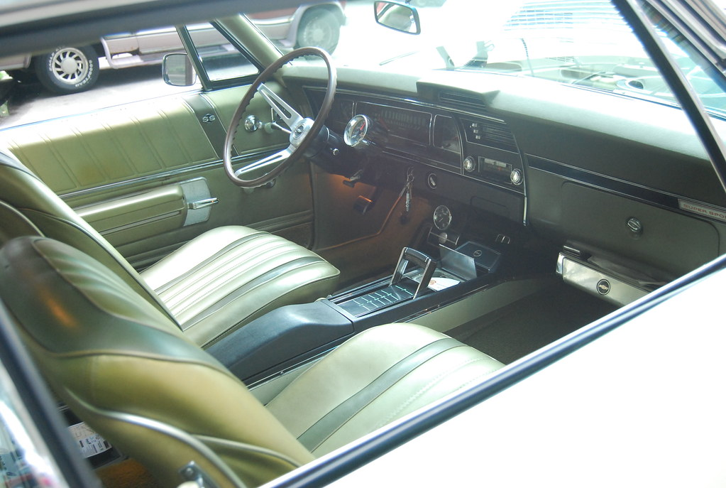 interior 1968 chevrolet impala ss 396 bucket seats a c flickr