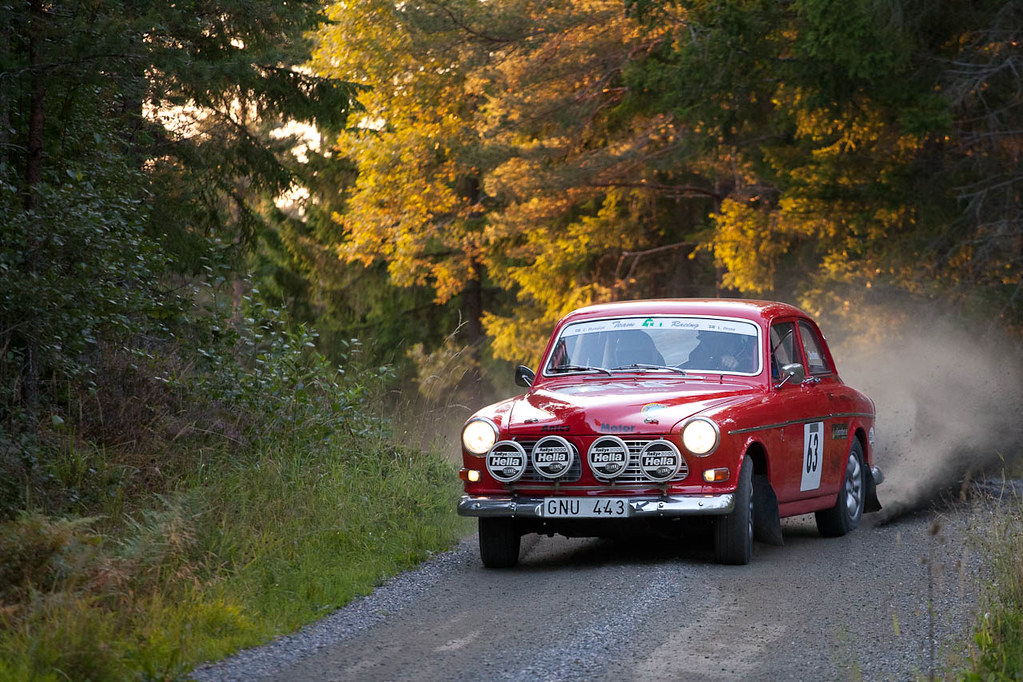 Volvo Amazon | Almunge Rally Classic 5dmkII 70-200F/4L f/4 1… | Flickr
