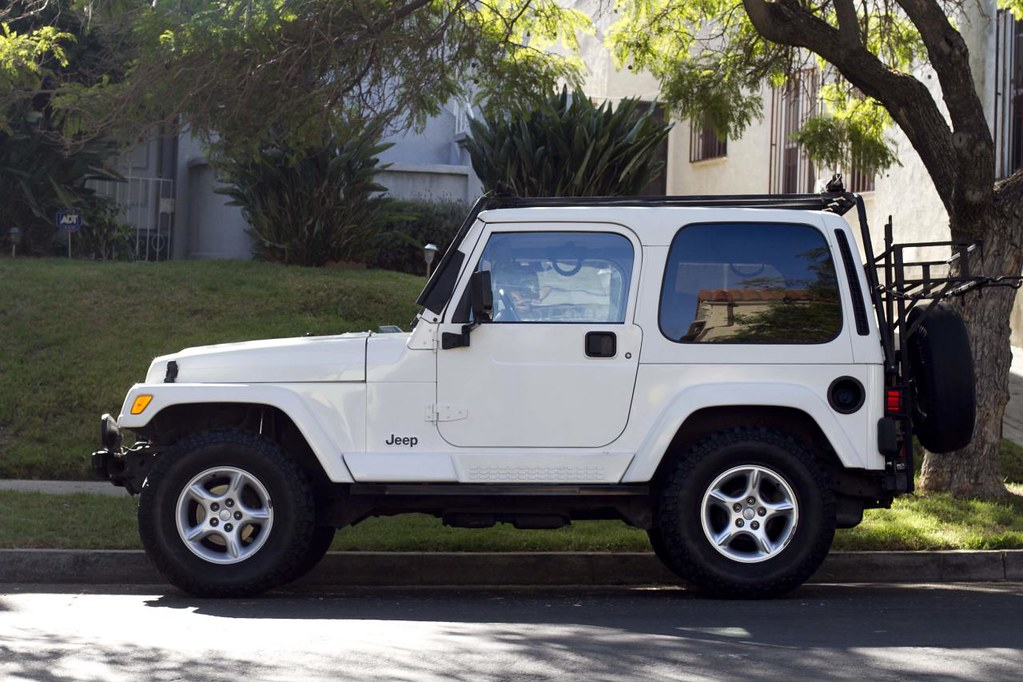 For Sale Jeep Tj Sahara White Hardtop Jeep Wrangler