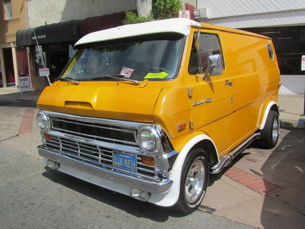 Ford Econoline Van - 1972 | Whittier Car Show, 2011. | Flickr