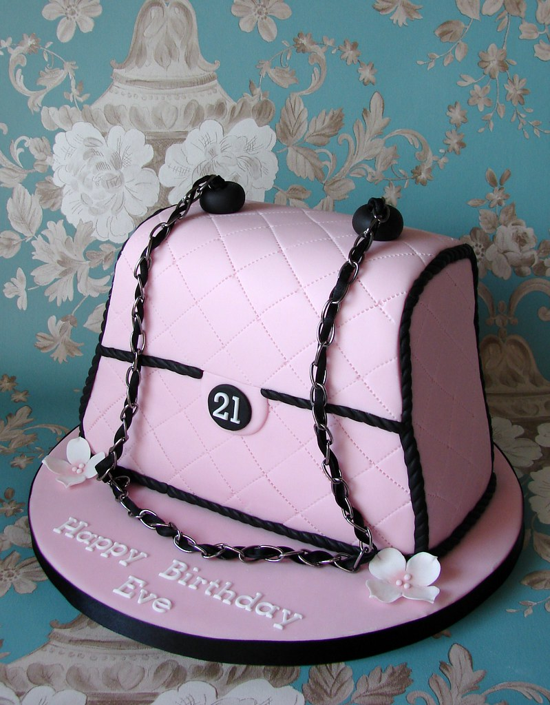 Handbag Cake For Eve S 21st Birthday This Is The Second