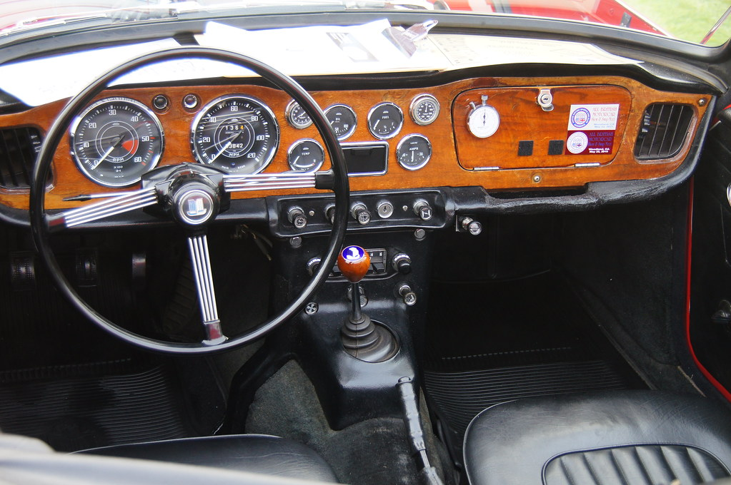 tr4 dash hillsborough concours d 39 elegance held august 28 flickr. Black Bedroom Furniture Sets. Home Design Ideas