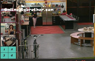 BB13-C1-9-3-2011-12_29_48.jpg | by onlinebigbrother.com