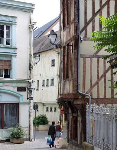 Troyes we went into the office de tourisme and were given flickr - Troyes office de tourisme ...
