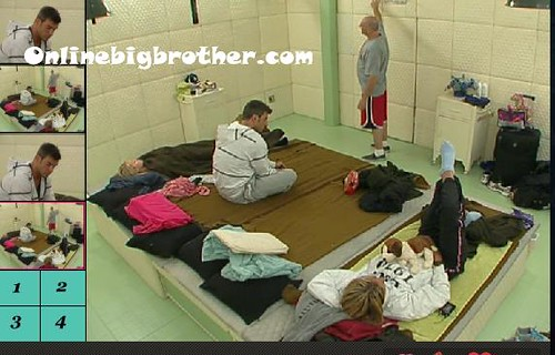 BB13-C4-8-12-2011-2_07_06.jpg | by onlinebigbrother.com