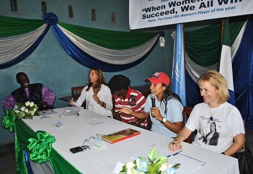 Marta speaking during a press conference at a school | by United Nations Development Programme