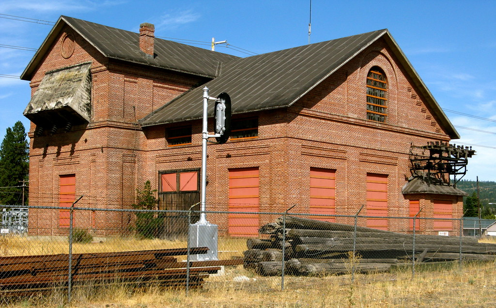 Milwaukee Road Substation 24 Seen In Cle Elum