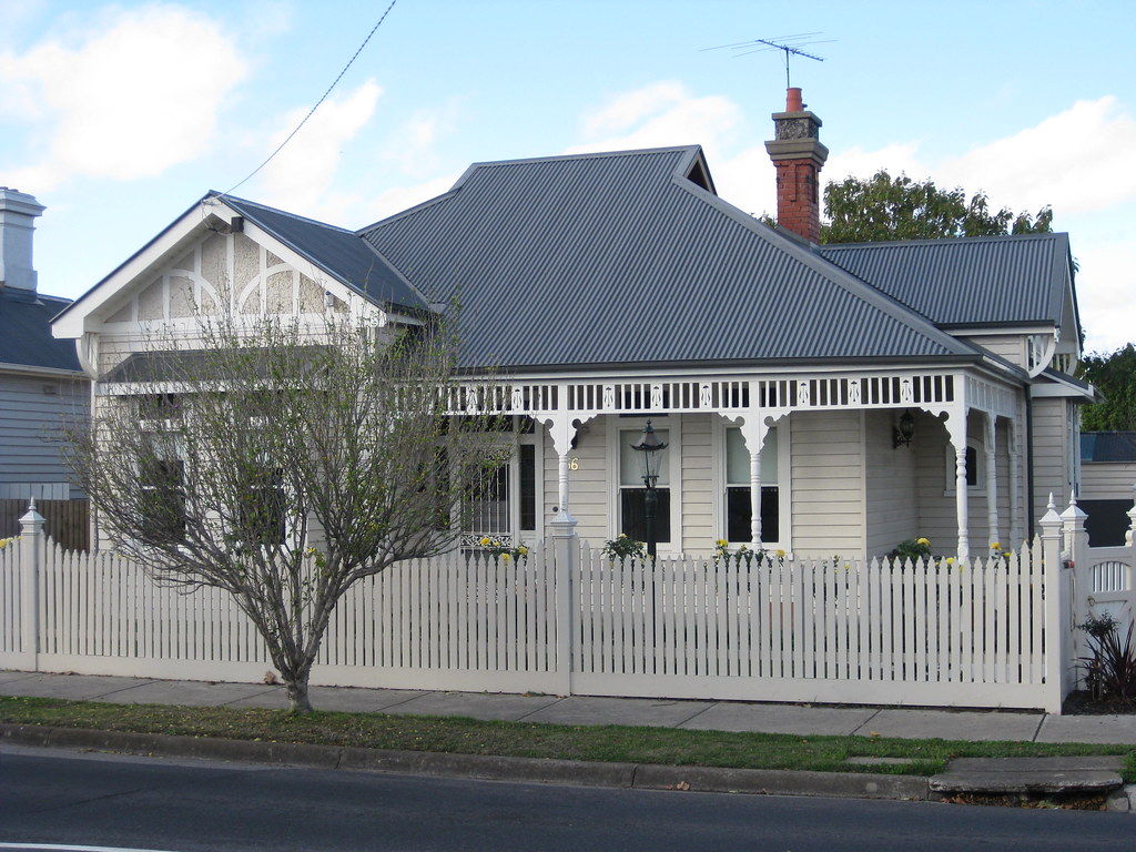 A Large Queen Anne Style Villa Essendon This Wonderful
