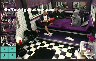 BB13-C1-9-4-2011-12_14_45.jpg | by onlinebigbrother.com