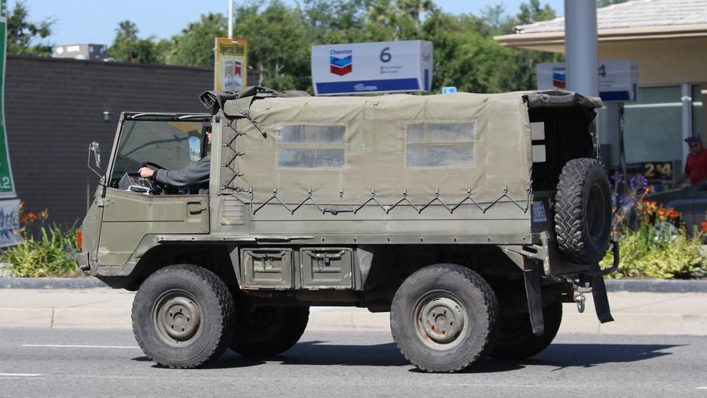 Steyr Puch Pinzgauer 710m 4x4 High Mobility All Terrain Ve