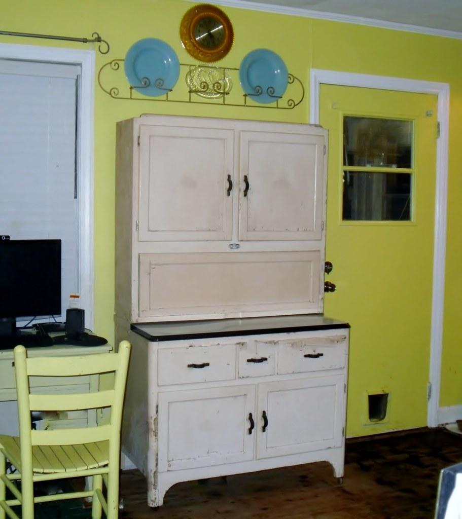 "Sellers Kitchen Cabinet: My Sellers ""Hoosier"" Cabinet"