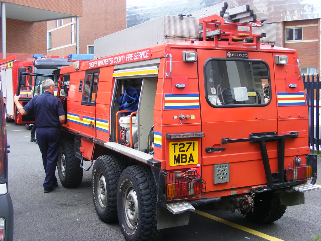 ... (1254) GMFRS - Greater Manchester Fire And Rescue Service -  Steyr-Daimler-