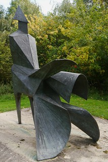 Lynn Chadwick Sculpture Park, Stroud, High Wind, ii | by jacquemart