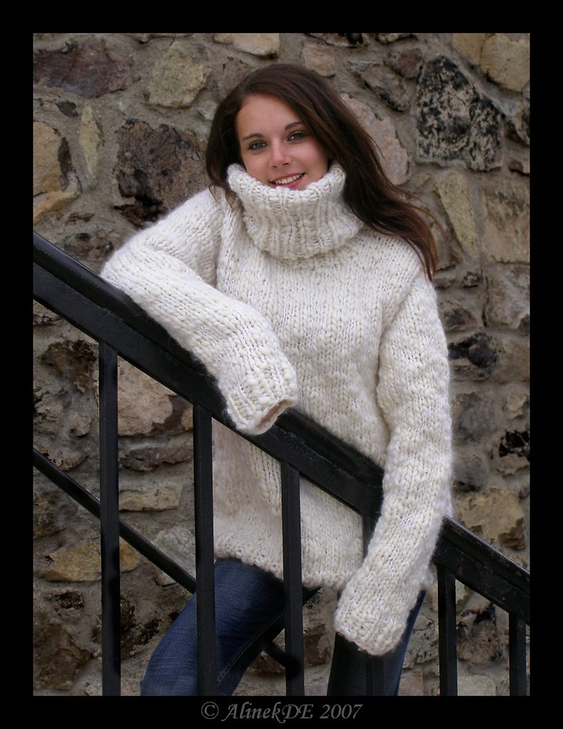 Turtleneck sweater big collor | Thanks to Alinek | Mytwist | Flickr