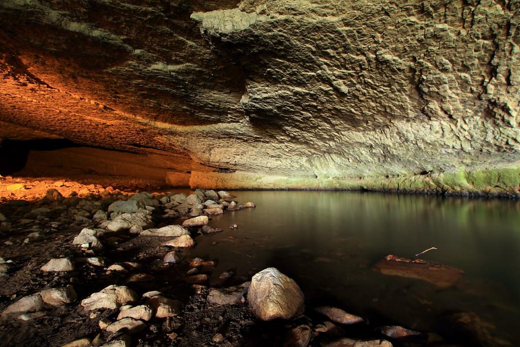 l 39 arize dans sa partie souterraine de la grotte du mas d 39 a flickr. Black Bedroom Furniture Sets. Home Design Ideas