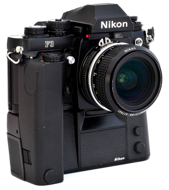 Me Nikon F3   MD4  Nikkor 28mm F2 8 AiNikon F3
