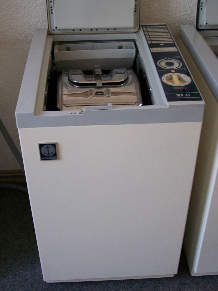 ddr 80er jahre waschmaschine vollautomatic thomas. Black Bedroom Furniture Sets. Home Design Ideas