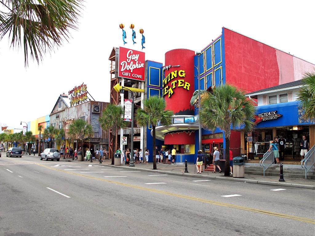 Myrtle beach clothing stores