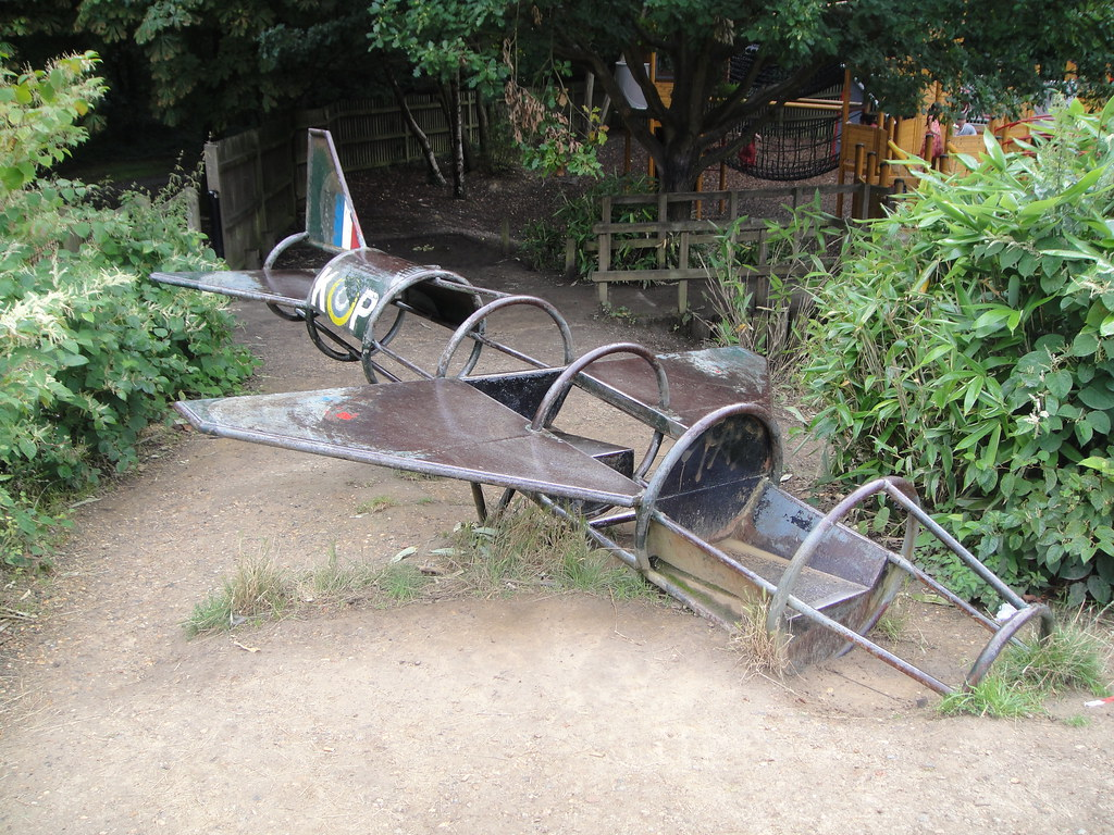 Plane climbing frame | Most of the play equipment at King Ge… | Flickr