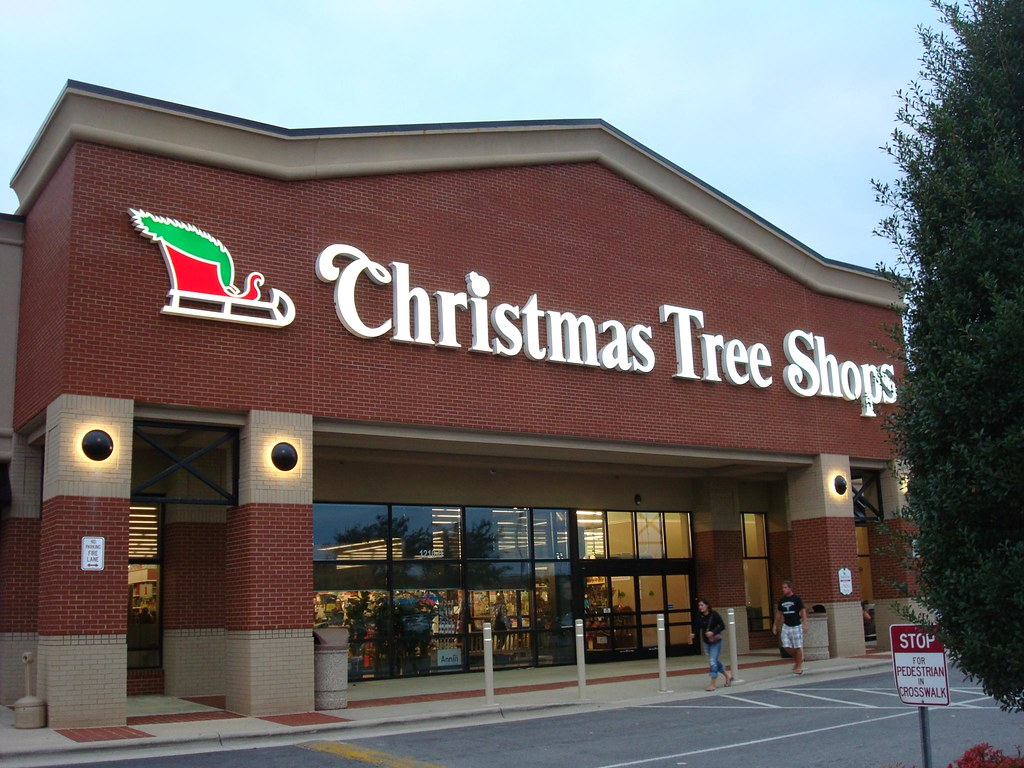Christmas tree shops former homeplace and linens 39 n 39 thin for The christmas shop