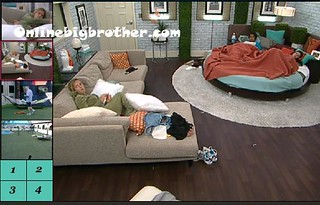 BB13-C1-8-8-2011-5_33_38.jpg | by onlinebigbrother.com