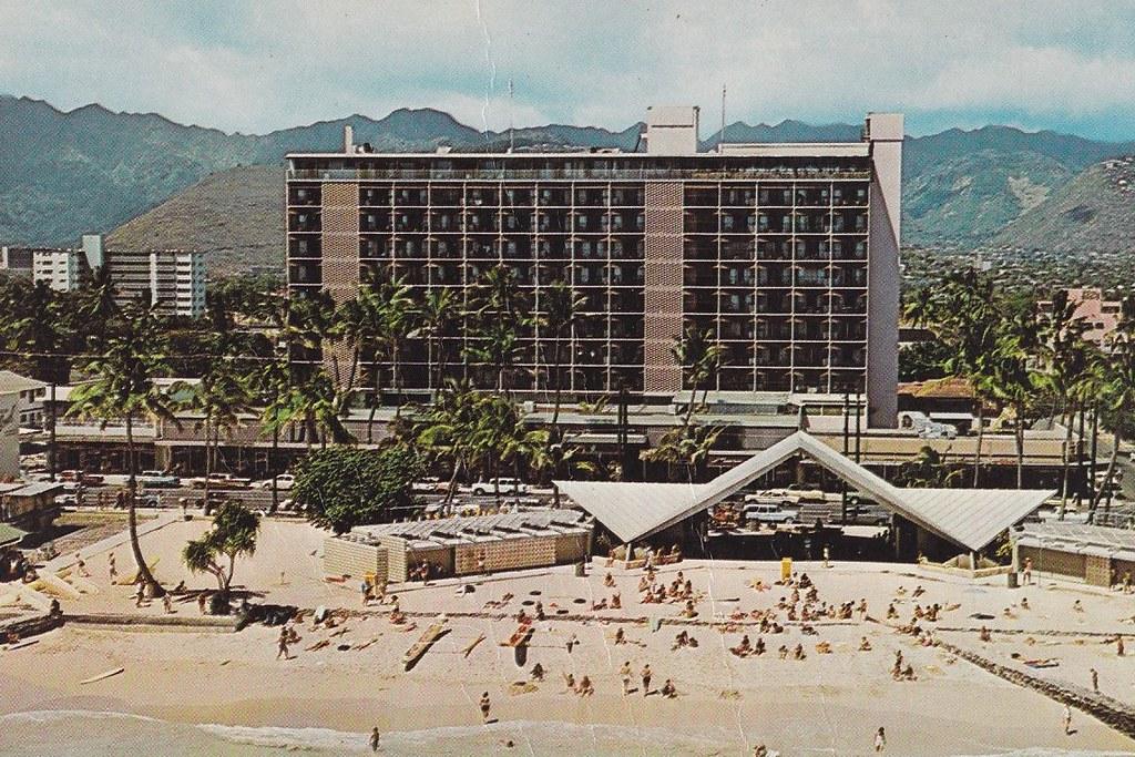 Waikiki Biltmore Hotel Honolulu Hawaii Back Of
