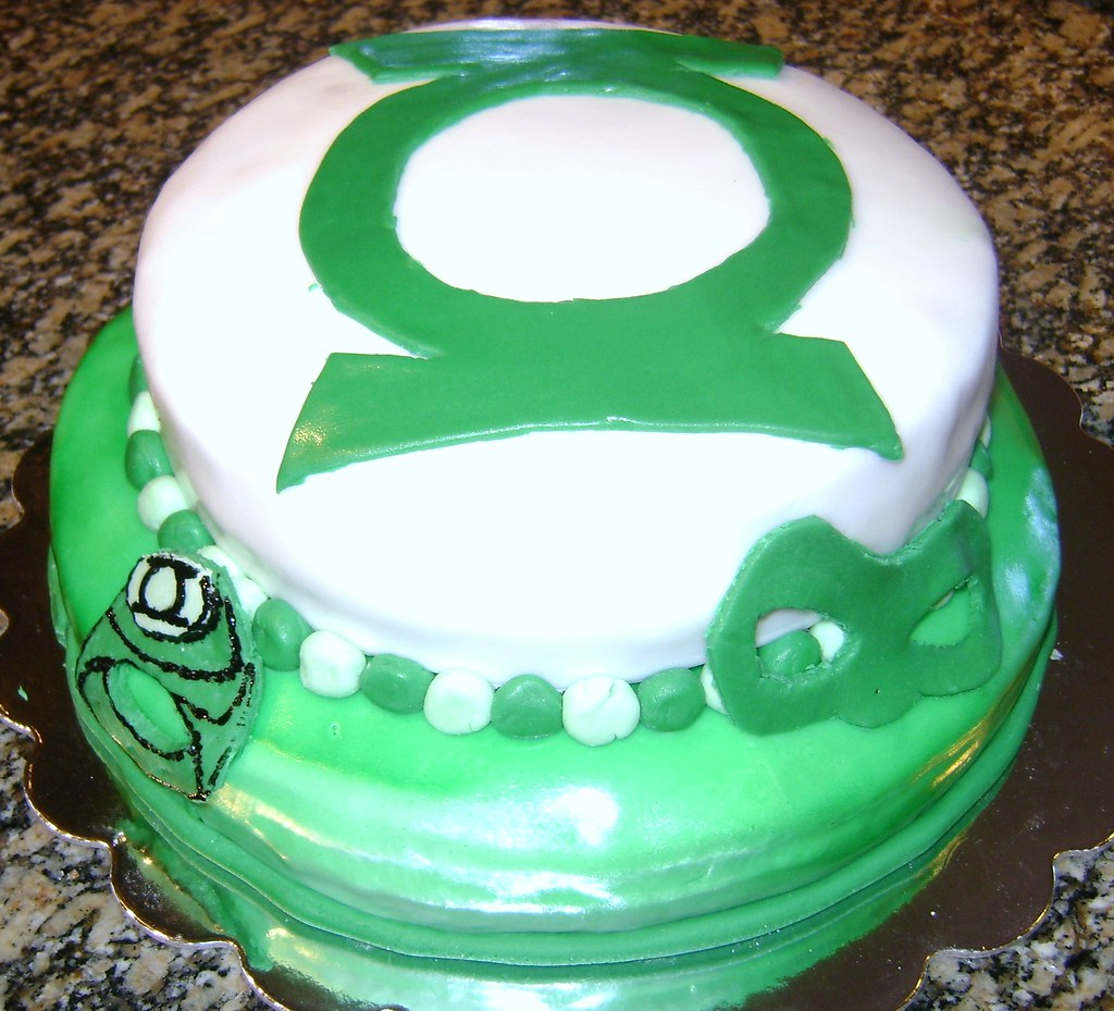 Green Lantern Cake Two Layer Fondant Green Lantern Birthda