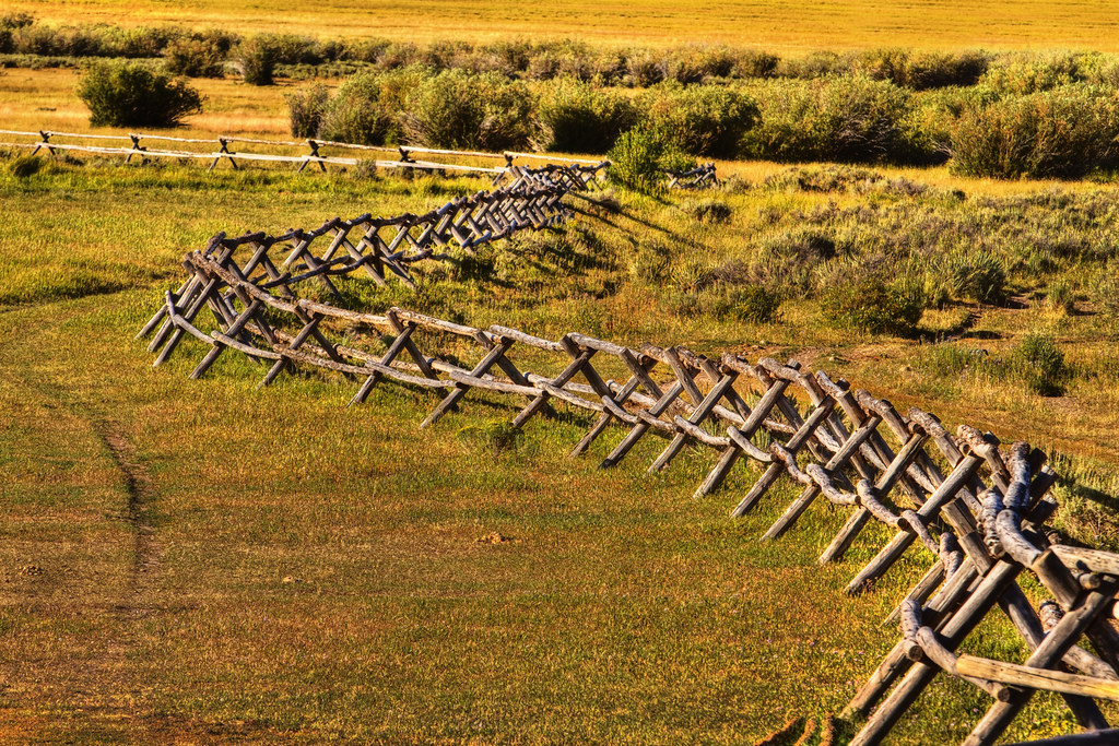 Rustic Buck Rail Fence A Western Classic The Buck