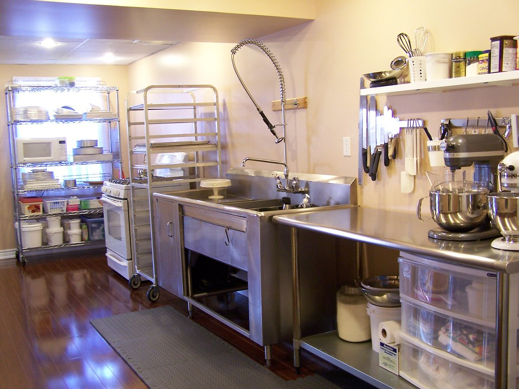 My cake kitchen it doesn 39 t look always this organized o for Kitchen design shops