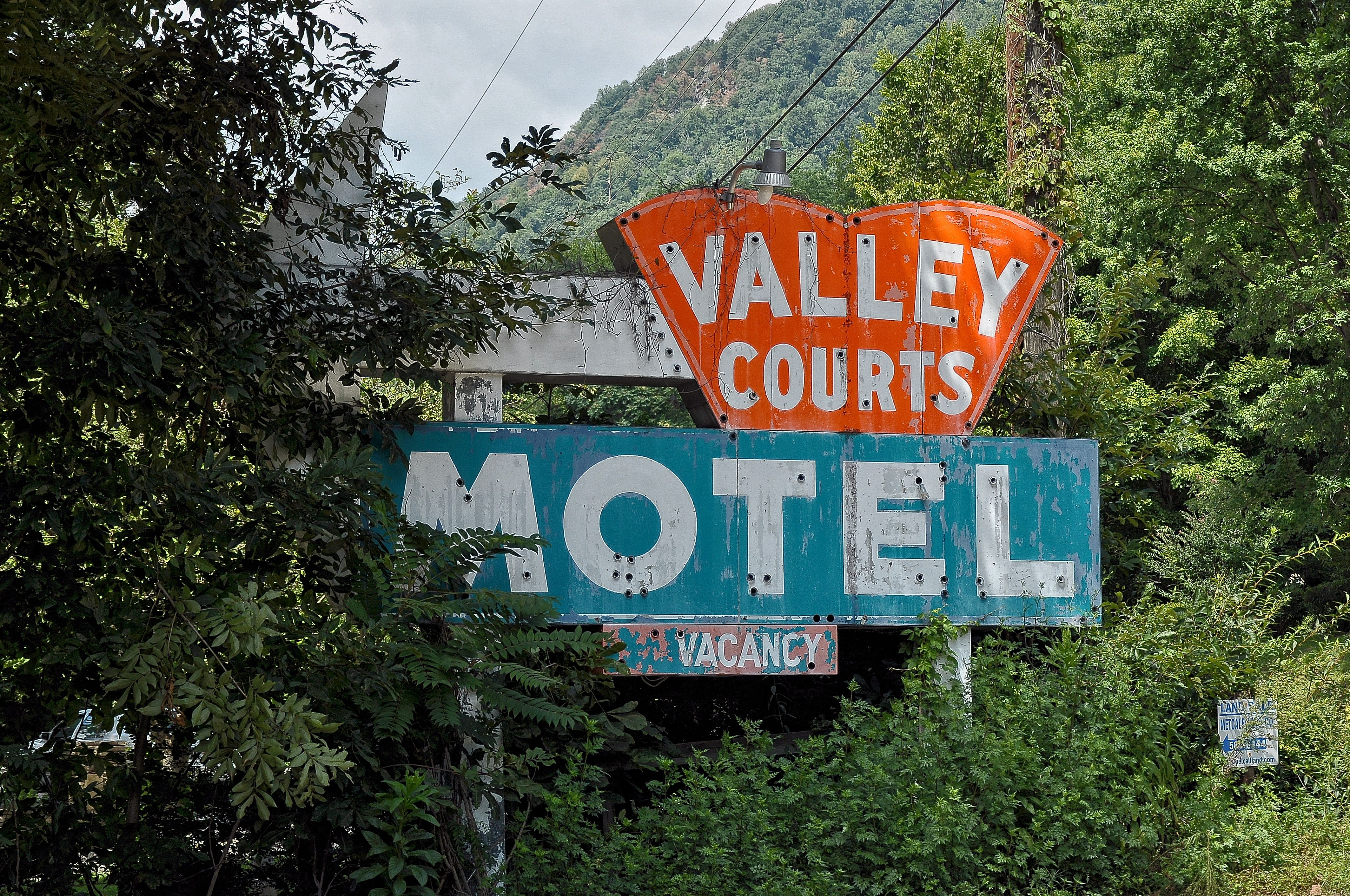 Valley Courts Motel - Saluda, North Carolina U.S.A. - August 15, 2011