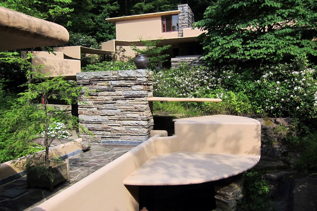 Pa mill run fallingwater the second floor bridge - Maison sur la cascade ...