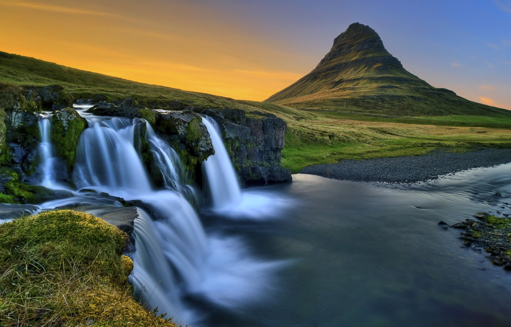 Waterfall at sunset kirkjufellsfoss var gu mundsson for Landscape pictures