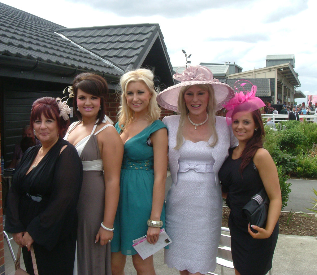 Spot The Tranny No.2 | With Les Girls from the super