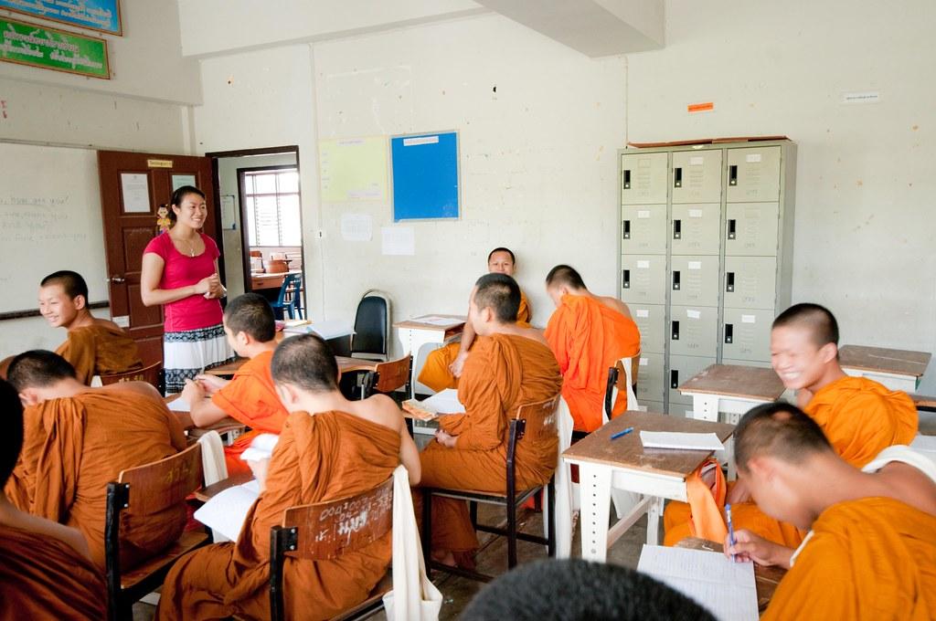 Sarah teaching English
