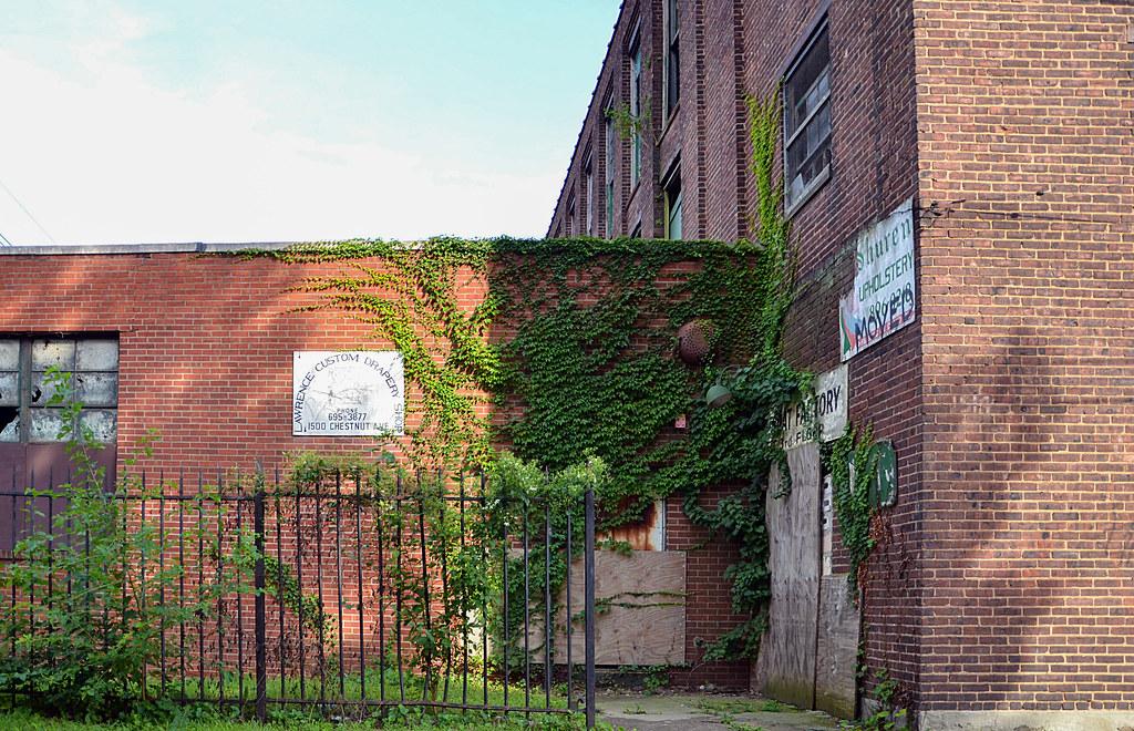 Corner Gate Abandoned Factory In Trenton Nj Originally S Flickr