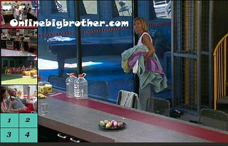 BB13-C2-8-24-2011-11_15_43.jpg | by onlinebigbrother.com