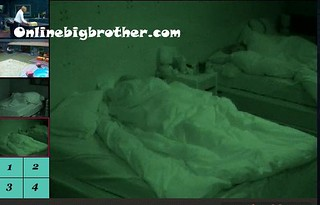 BB13-C4-8-31-2011-9_25_46.jpg | by onlinebigbrother.com