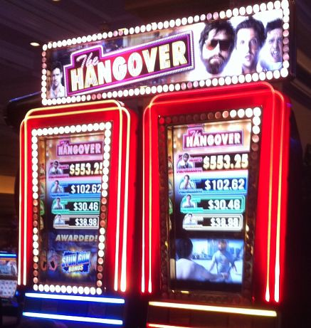 the hangover slot machine free