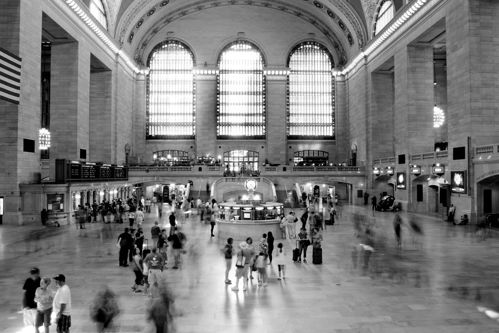 Grand central station new york city black and white - Grand tableau new york ...