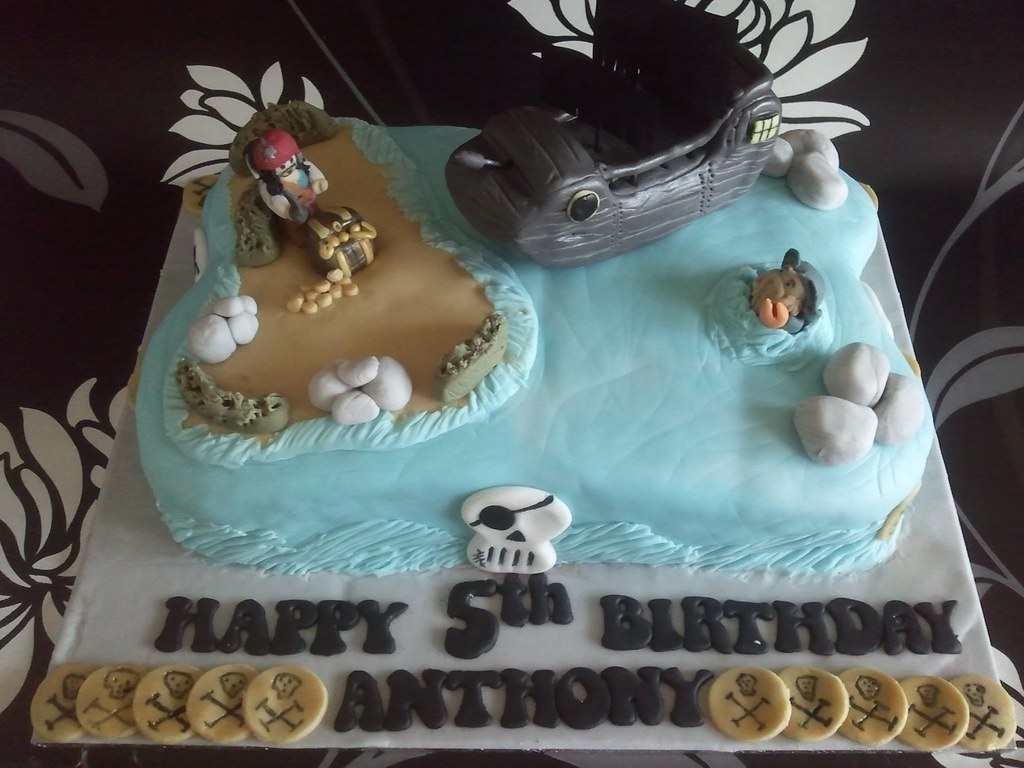 Enjoyable Lego Pirates Of The Caribbean Themed Cake Rich Chocolate M Flickr Funny Birthday Cards Online Aeocydamsfinfo