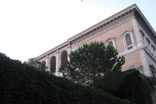 Palazzo Farnese viewed from below – it's run by the French government today © ROH 2011 | by Royal Opera House Covent Garden